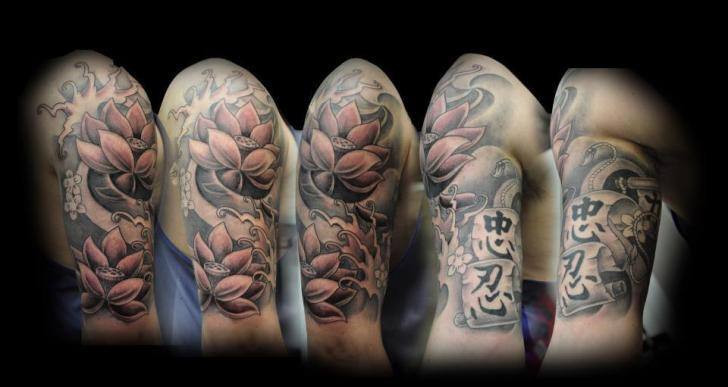 Shoulder Flower Japanese Tattoo by Triple Six Studios