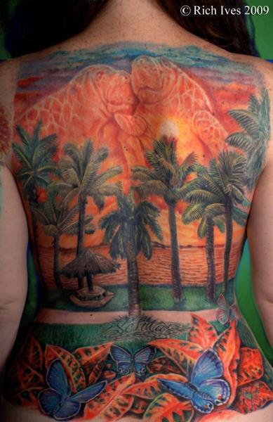 Realistische Rücken Schmetterling Baum Baum Landschaft Tattoo von Steel City Tattoo