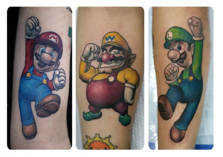 Tatuaje Brazo Fantasy Super Mario por Darwin Enriquez