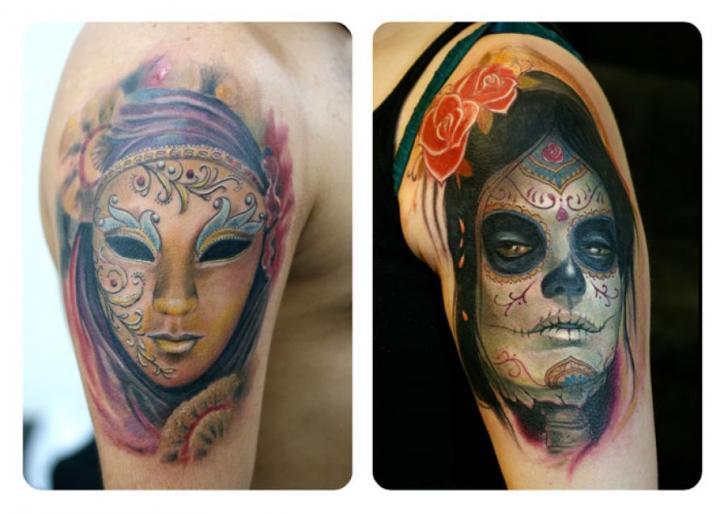 Schulter Mexikanischer Totenkopf Masken Tattoo von Darwin Enriquez