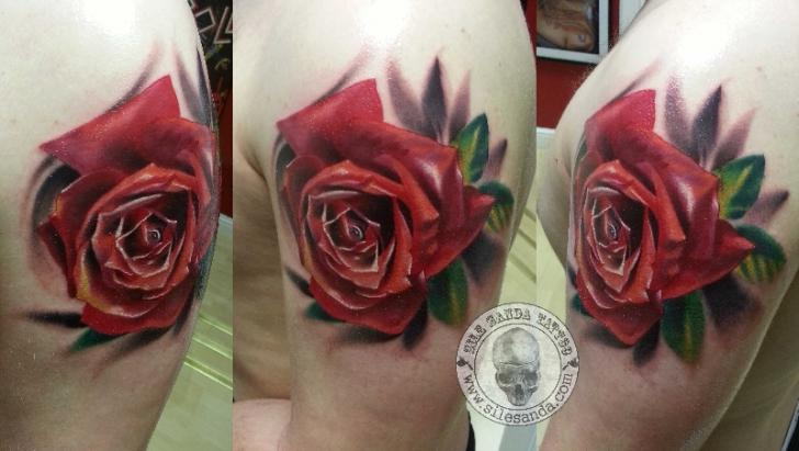 Shoulder Realistic Flower Rose Tattoo by Sile Sanda