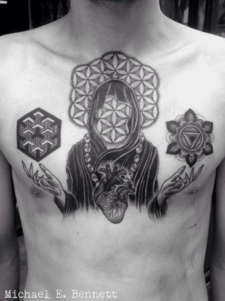 Tatuaje Pecho Dotwork por 2 Spirit Tattoo