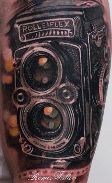 Tatuaggio Realistici Macchina Fotografica di Remis Tatooo