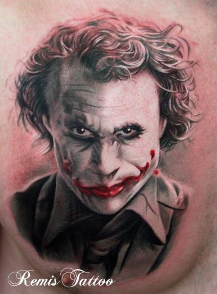 Tatuaje Fantasy Comodín por Remis Tatooo
