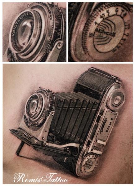 Realistic Camera Tattoo by Remis Tatooo