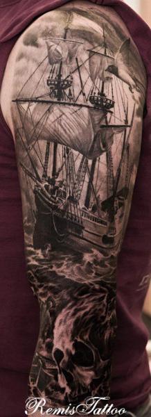 Shoulder Realistic Skull Galleon Tattoo by Remis Tatooo