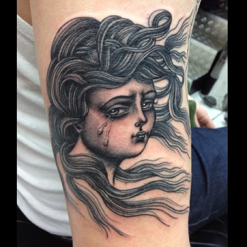 Arm Old School Frauen Tattoo von Sarah Carter