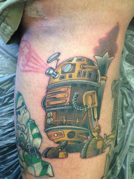 Tatuaggio Braccio Fantasy Robò di Bearcat Tattoo