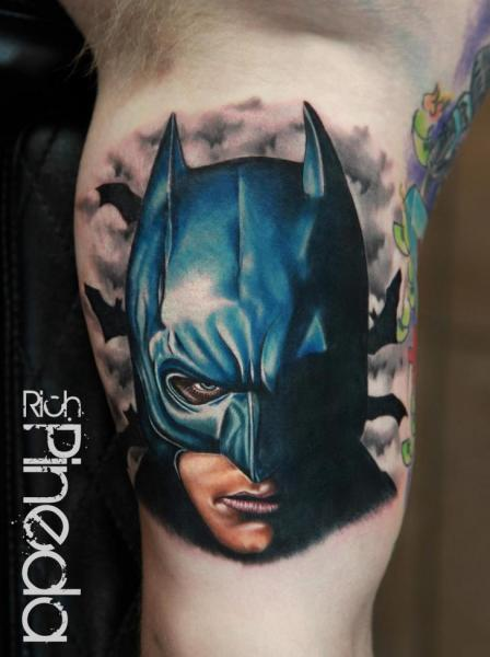 Tatuaggio Braccio Fantasy Batman di Rich Pineda Tattoo