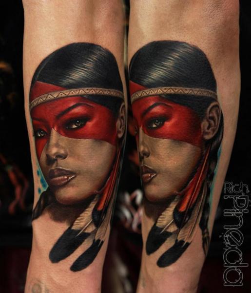 Arm Porträt Realistische Indisch Tattoo von Rich Pineda Tattoo