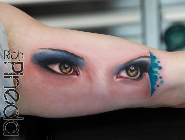 Arm Realistic Eye Tattoo by Rich Pineda Tattoo