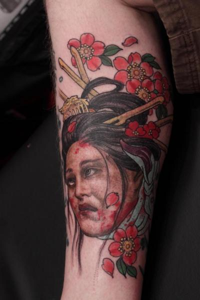 Calf Japanese Geisha Tattoo by Camila Rocha