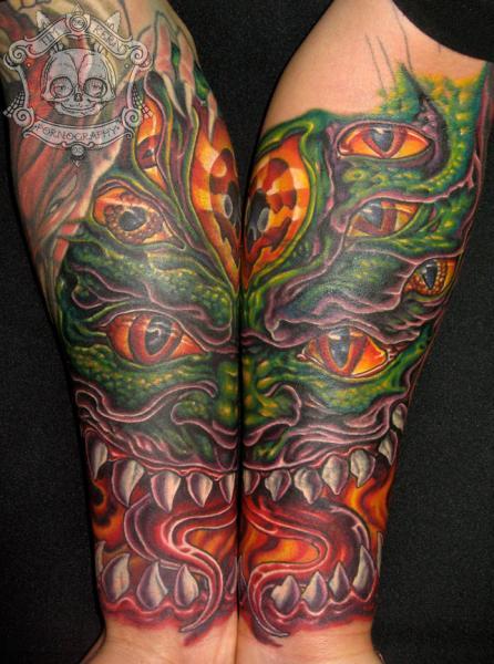 Arm Fantasie Drachen Tattoo von Tim Kerr