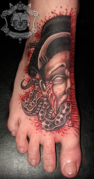 Fuß Japanische Geisha Blut Tattoo von Tim Kerr