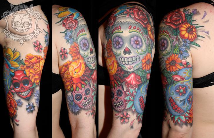 Schulter Arm Mexikanischer Totenkopf Tattoo von Tim Kerr