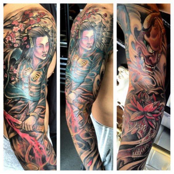 Tatouage Bras Japonais Samouraï par Border Line Tattoos
