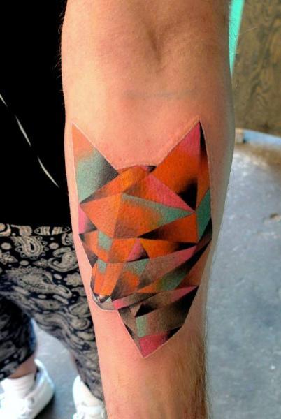 Tatuaggio Braccio Volpe Astratto di Mariusz Trubisz
