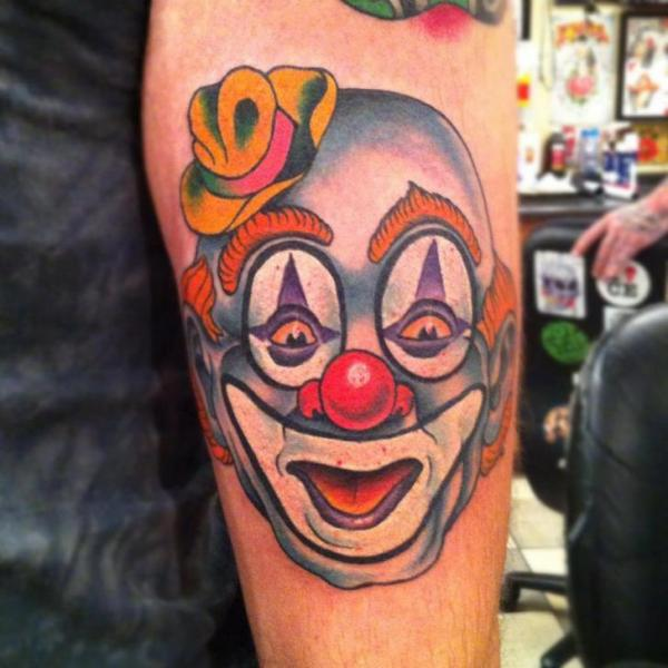 Arm Clown Tattoo von Pioneer Tattoo