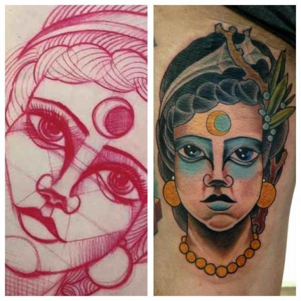 Tatuaje Brazo New School Gitano por Matt Adamson