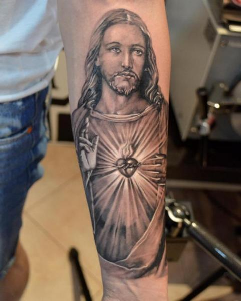 Arm Jesus Religious Tattoo by Elvin Tattoo