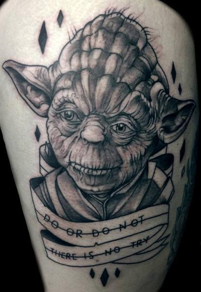 Shoulder Fantasy Yoda Tattoo by Dark Art Tattoo