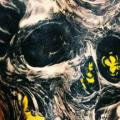 tatuaje Cráneo Espalda por Ivan Yug