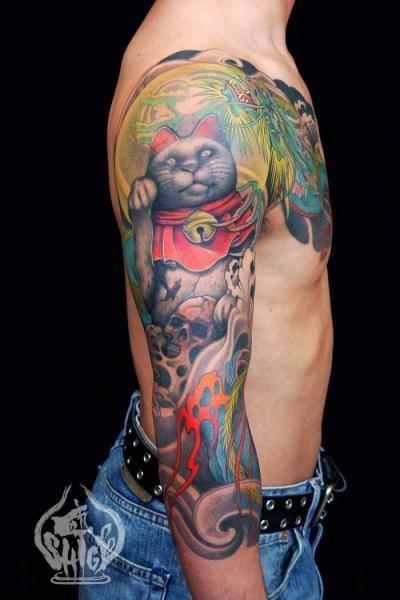 Shoulder Arm Japanese Maneki Neko Cat Tattoo by Yellow Blaze Tattoo