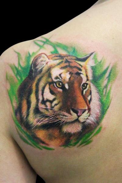 Shoulder Realistic Tiger Tattoo by Dzy Tattoo