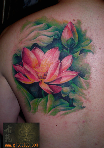 Shoulder Realistic Flower Tattoo by GL Tattoo