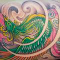 tatouage Fantaisie Jambe Plume Phoenix par GZ Tattoo