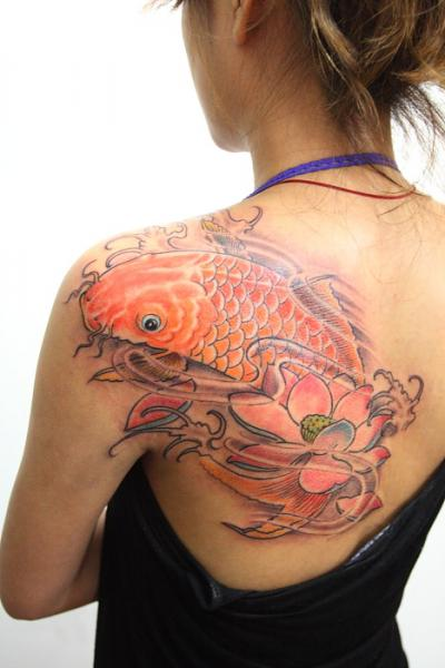 Shoulder Japanese Carp Tattoo by GZ Tattoo