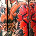 Arm Old School Flower Fox tattoo by Elektrisk Tatovering