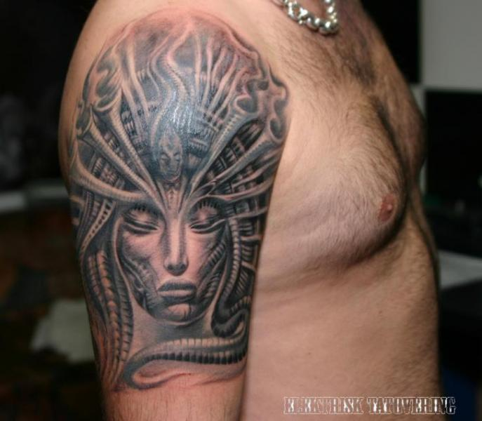 Shoulder Fantasy Giger Tattoo by Elektrisk Tatovering