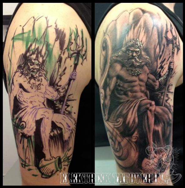 Tatuaje Hombro Fantasy Neptuno por Elektrisk Tatovering
