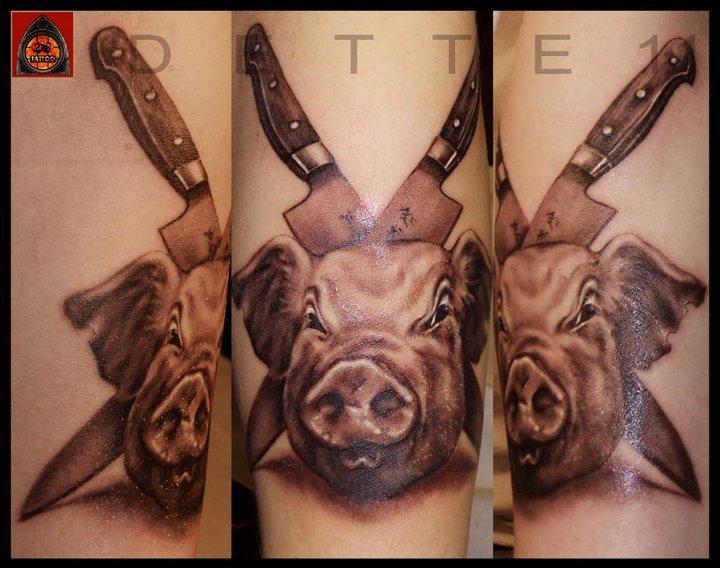 Arm Schwein Messer Tattoo von 28 Tattoo
