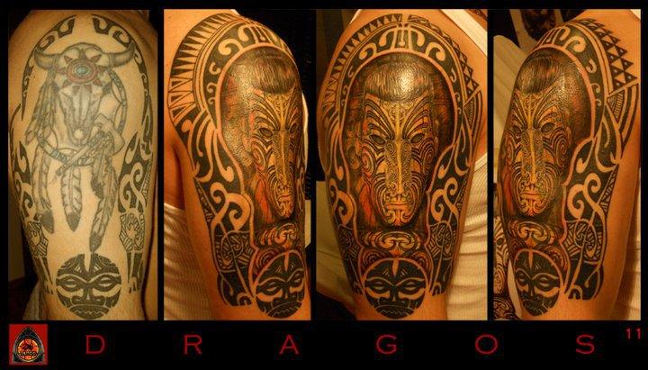 Tatuaje Hombro Tribal por 28 Tattoo