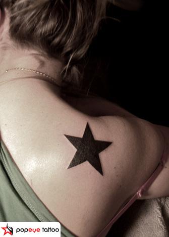 Schulter Stern Tattoo von Popeye Tattoo
