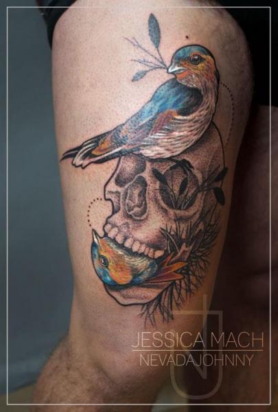 Tatuaggio Teschio Uccello di Jessica Mach