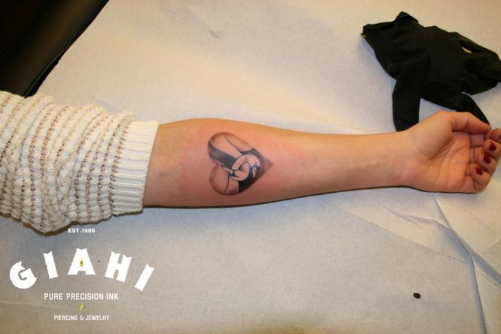 Arm Heart Swan Tattoo by Giahi