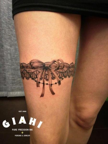 Realistic Ribbon Thigh Garter Tattoo by Giahi