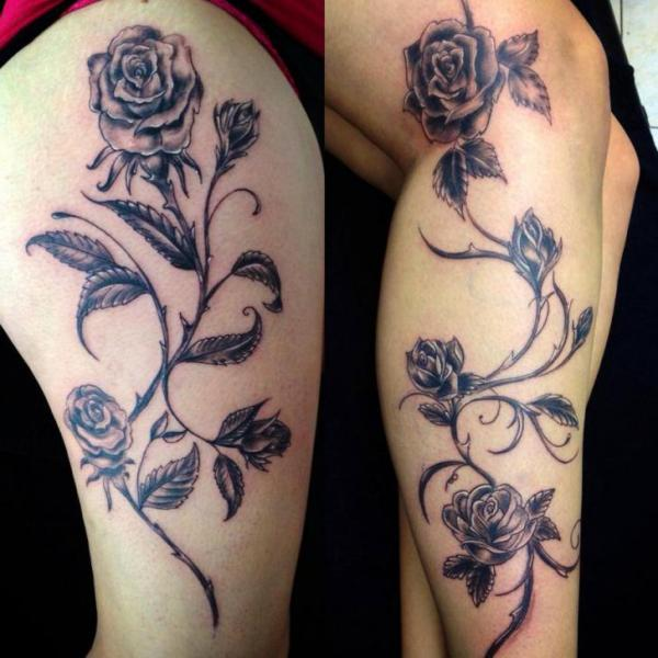 Realistische Bein Blumen Tattoo von Morbid Art Tattoo