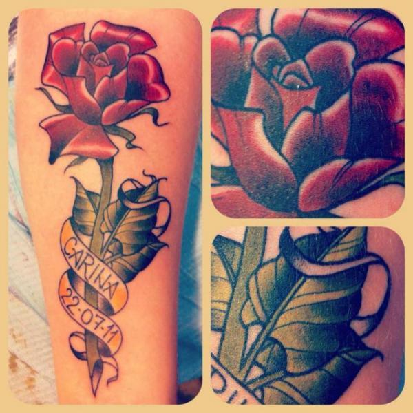 Arm Blumen Rose Tattoo von Lucky 7 Tattoos