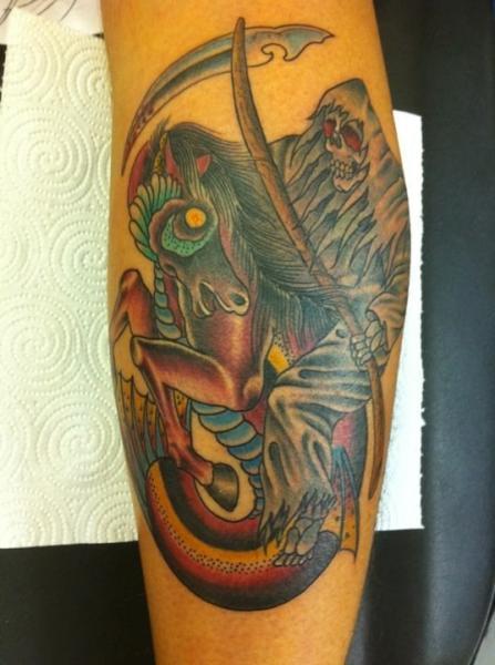 Tatuaje Brazo Fantasy Muerte por 1969 Tattoo