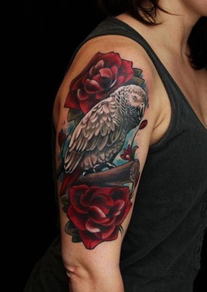 Tatuaje Hombro Brazo Realista Búho por 1969 Tattoo