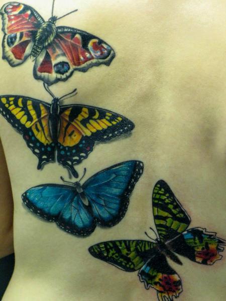 Realistische Rücken Schmetterling Tattoo von Evil From The Needle