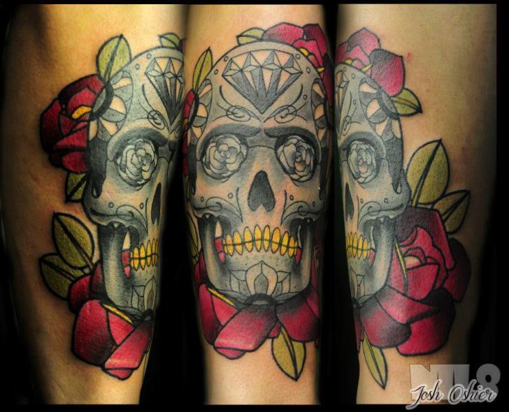Tatuaggio Braccio Fiore Teschio di Rogue Leader Tattoo