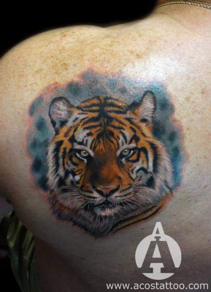 Shoulder Realistic Tiger Tattoo by Andres Acosta
