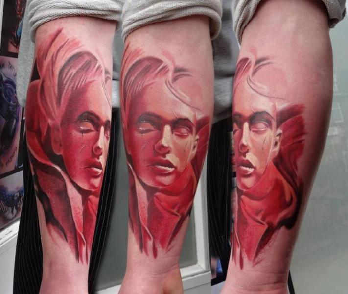 Tatuaggio Braccio Fantasy Ritratti di Piranha Tattoo Supplies
