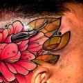 tatuaje New School Flor Cabeza por Piranha Tattoo Supplies