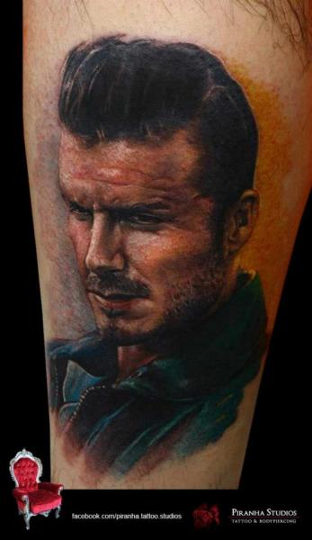 Tatuaje Brazo Retrato Realista por Piranha Tattoo Supplies
